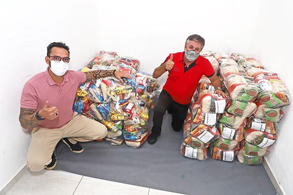 Campanha do sindicato chega a 1 tonelada de alimentos