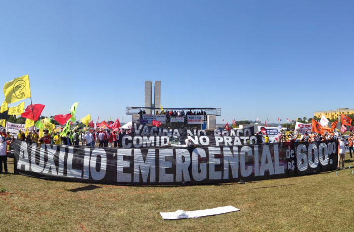 Ato unificado das centrais em Brasília cobra auxílio emergencial de R$ 600
