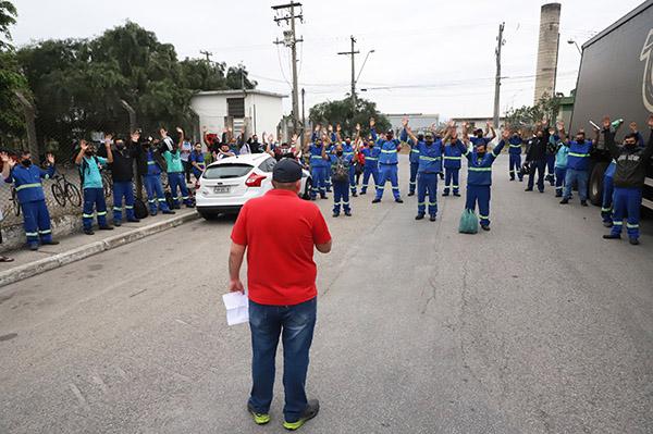 Trabalhadores da Elfer conquistam aumento de 43% na PLR e mais benefícios